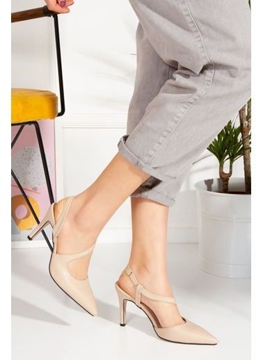 Derithy Lıvosy Topuklu Ayakkabı-Sıyah-Byc1108 Ten